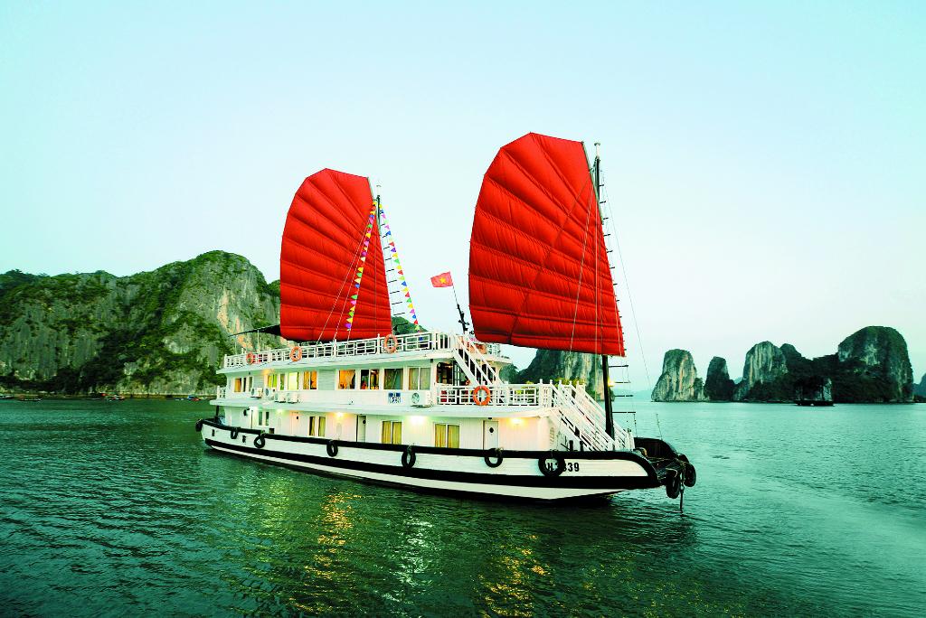 halong budget cruise